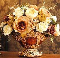 Красивые искусственные цветы для декора интерьера