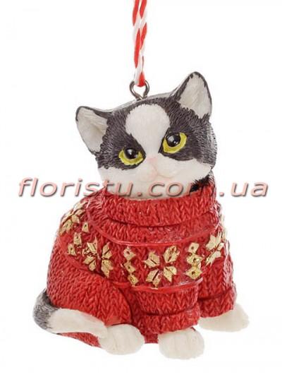 Статуэтка-подвеска из полистоуна Котик в свитере красном 6,5 см