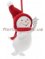 Новогодняя фигурка-подвеска полистоун Снеговик со звездочкой 9 см