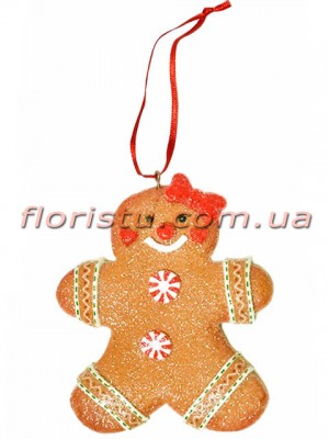 Новогодний подвесной декор из полистоуна Пряничная Девочка 10 см