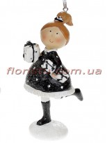 Декоративная подвесная фигурка Девочка с подарками 11,5 см №2