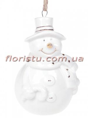 Фарфоровая подвесная фигурка Снеговик белый с золотом 8 см №1