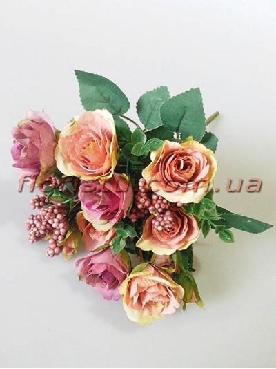 Букет из винтажно-пепельных розовых и сиреневых роз с добавками