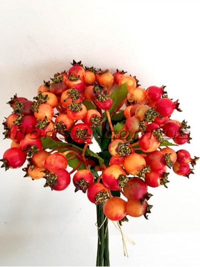 Букет с ягодами шиповника Оранжевыми премиум класса 6 веток 24 см