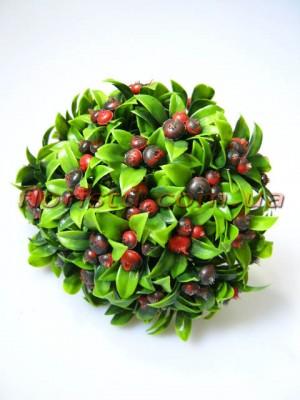 Веточки тиса с ягодками бордо пучок 6 шт. 18 см