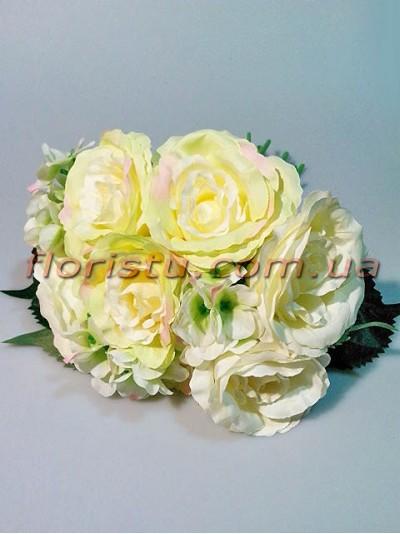 Букет-дублер объемный из роз и гортензии Ванильно-кремовый гол. 9 см