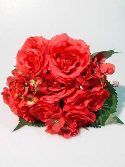 Букет-дублер объемный из роз и гортензии Красный гол. 9 см