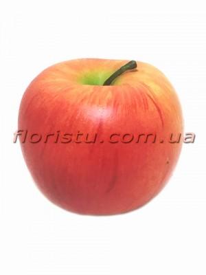 Яблоко искусственное красное с румянцем 8 см