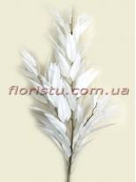 Ветка с белыми листьями для декора 115 см