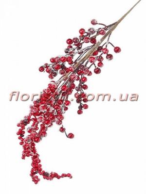Ветка с заснеженными красными ягодами премиум класса 72 см