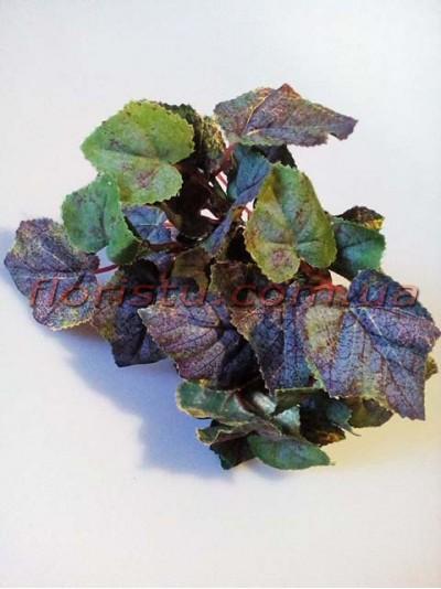 Кустик с листьями винограда темно-зелеными 28 см
